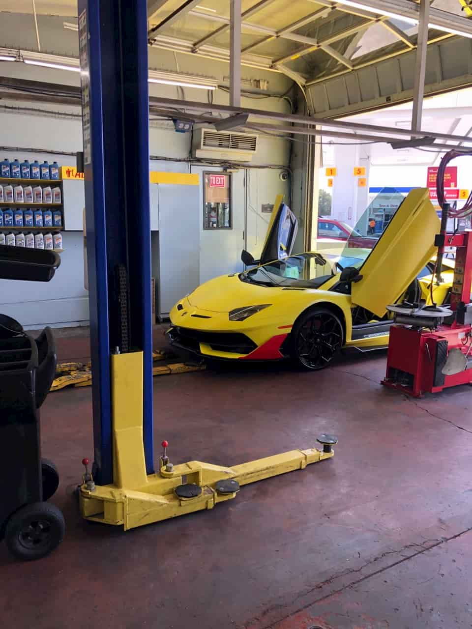 Oil Change Near Me | 13891 Red Hill Ave | (714) 832-9122